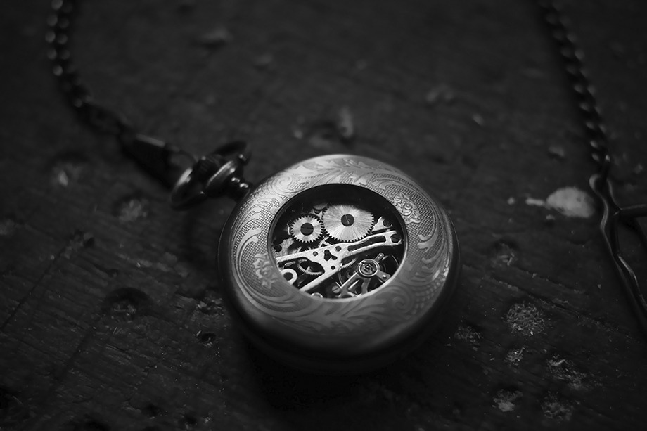 a hypnosis pocketwatch